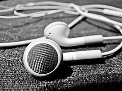 earphone by efelippe, on Flickr